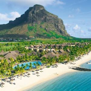 Paradis Beachcomber Golf Resort & Spa 5*