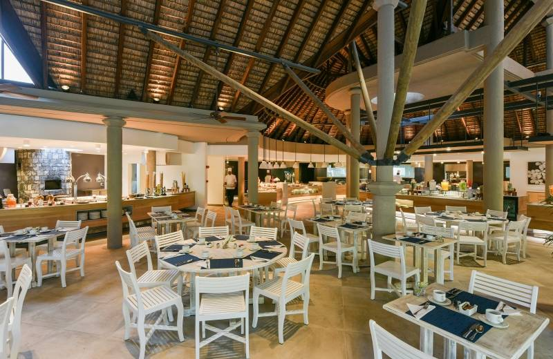 Canonnier Beachcomber Golf Resort & Spa 4*