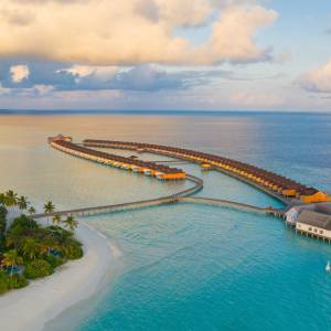 The Standard, Huruvalhi Maldives 5*
